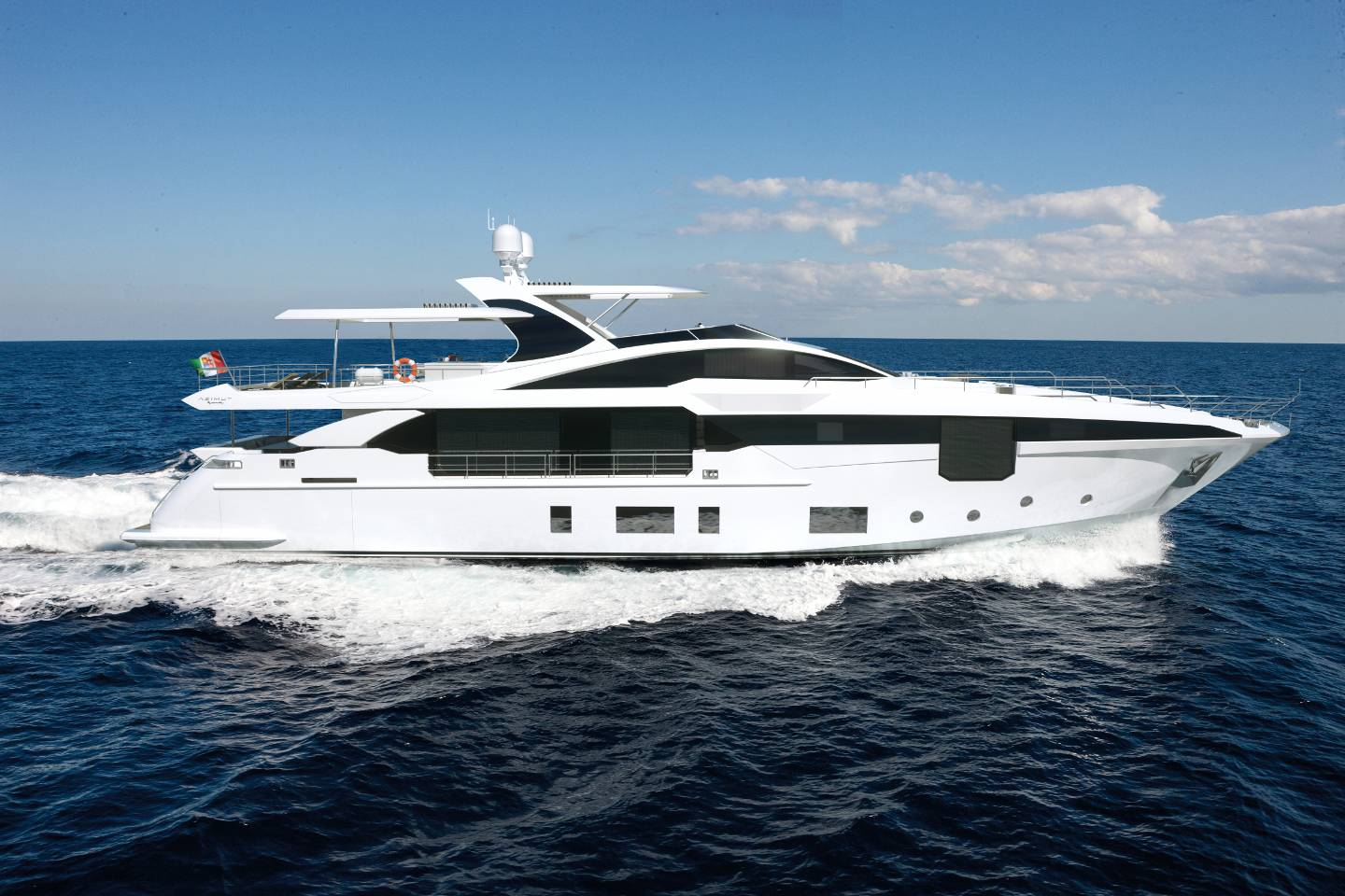 Azimut grande 35 metri azimut yachts official luxury for Prezzo yacht 50 metri