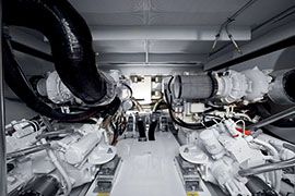 Azimut 60 - Engine Room