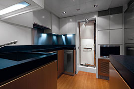 Azimut 88 - Galley