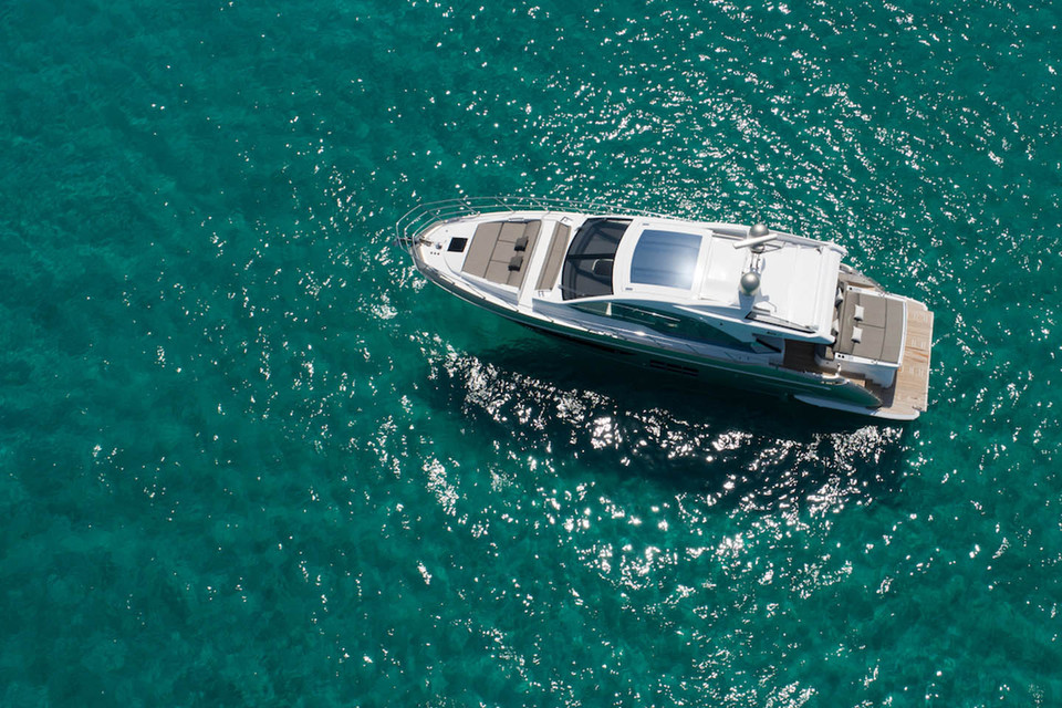 New Azimut S6 - Innovative Trophy